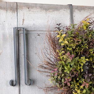 Wreath Hook Hanger Holder in Country Tin