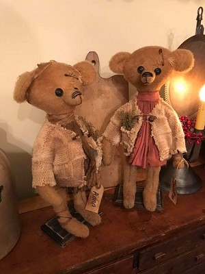 Anna Handmade Weathered Collection Primitive Bear 16