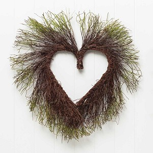 MOSS AND TWIG HEART 19