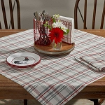 Farm Yard Table Topper
