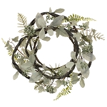 Light Green Leaf & Berry Wreath - 15.5 in