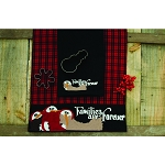 Families Are Forever Table Runner Black-Barn Red