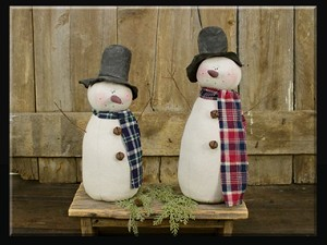 Large Country Snowmen Honey & Me