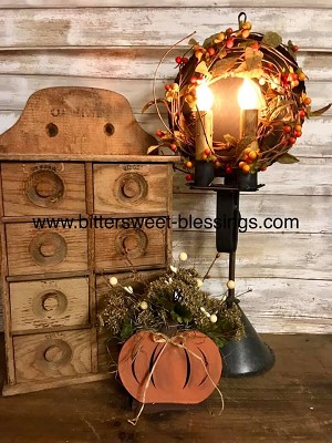 Handmade Pumpkin Box with Florals 8
