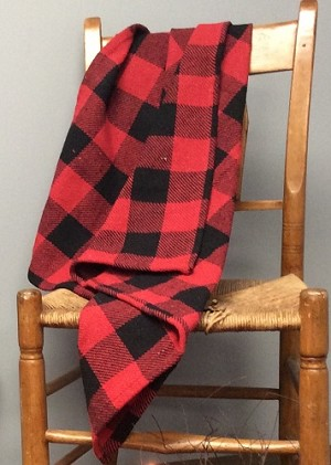 BUFFALO CHECK THROW RED/BLACK 52